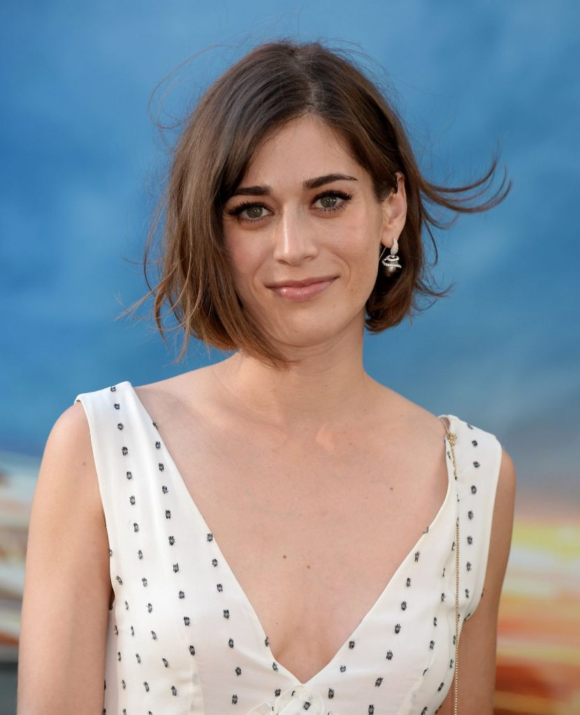 lizzy-caplan-sony-pictures-ghostbusters-premiere-at-tcl-chinese-theatre-in-hollywood-4