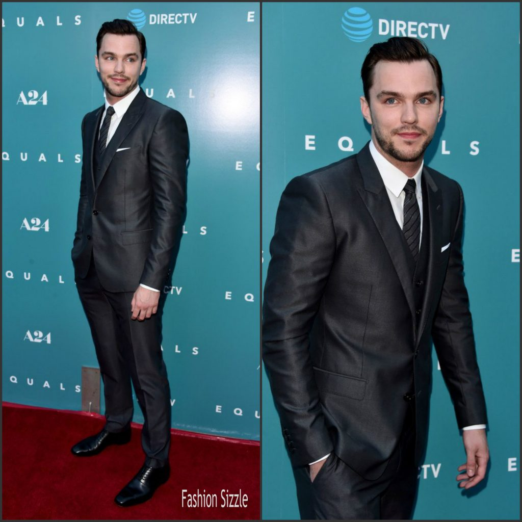 nicholas-hoult-in-dolce-and-gabbana-at-equals-la-premiere-1024×1024