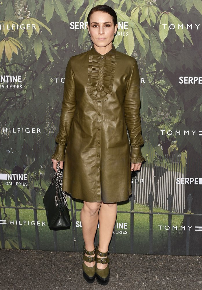 noomi-rapace-2016-serpentine-gallery-summer-party-01