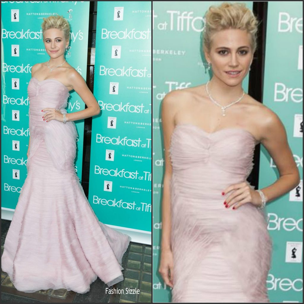 pixie-lott-in-luisa-beccaria-at-breakfast-at-tiffanys-press-night-1024×1024
