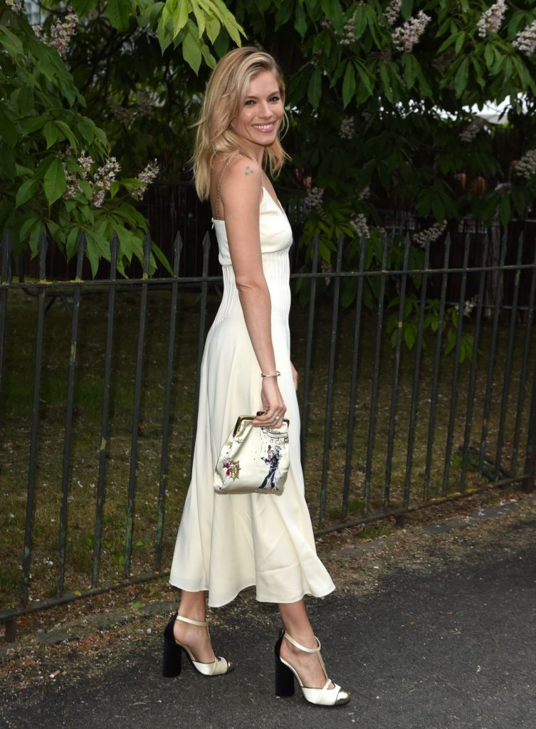sienna-miller-fashion-style-the-serpentine-summer-party-in-london-7-6-2016-2