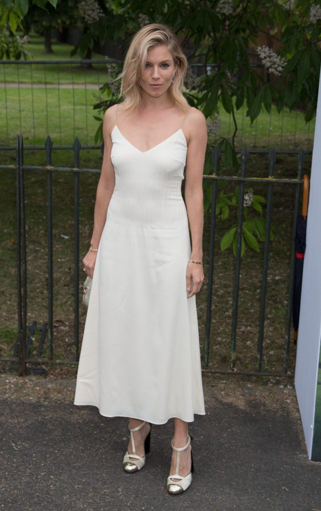 sienna-miller-fashion-style-the-serpentine-summer-party-in-london-7-6-2016-5