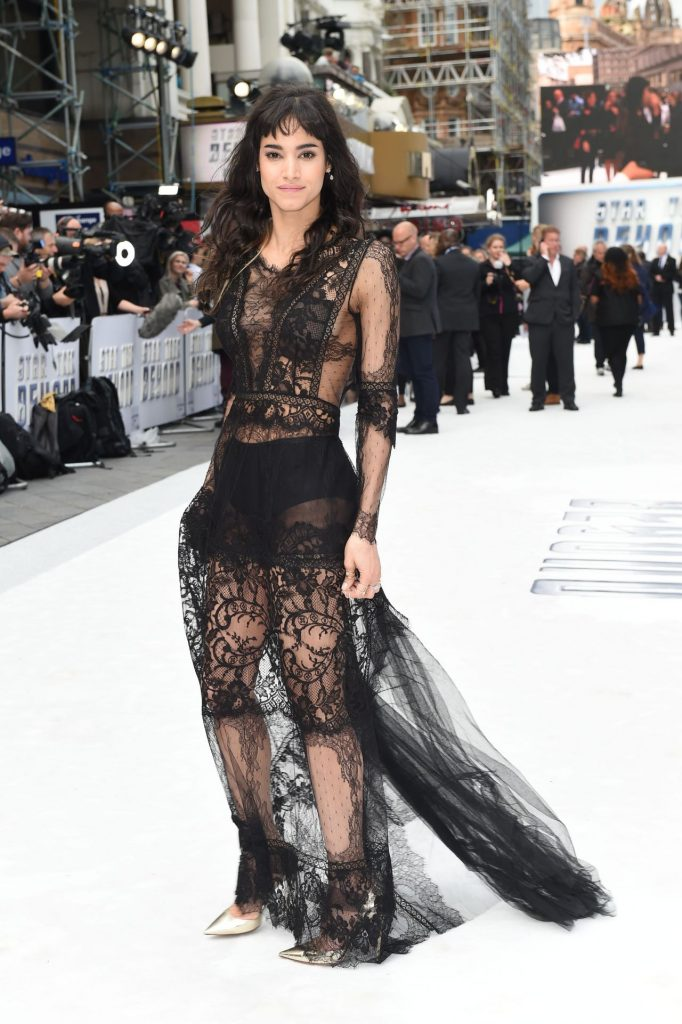 sofia-boutella-star-trek-beyond-premiere-in-london-uk-7-12-2016-1