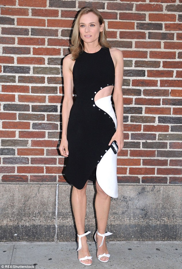 diane-kruger-in-mugler-at-the-visiting-the-late-show-with-stephen-colbert