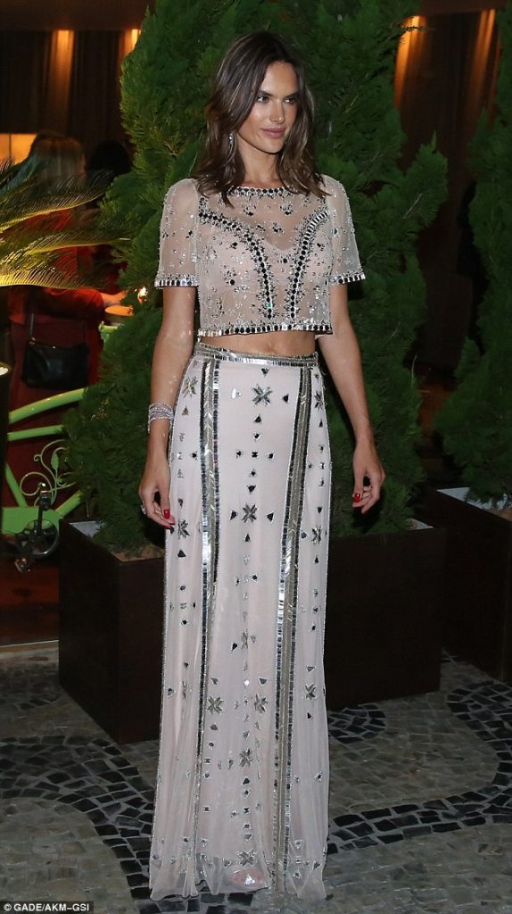 alessandra-ambrosio-in-temperley-london-at-the-brazil-foundation-event