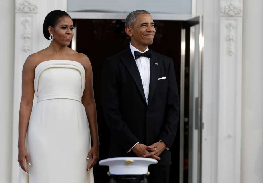 first-lady-michelle-obama-in-brandon-maxwell-at-state-dinner-for-singapore-prime-minister