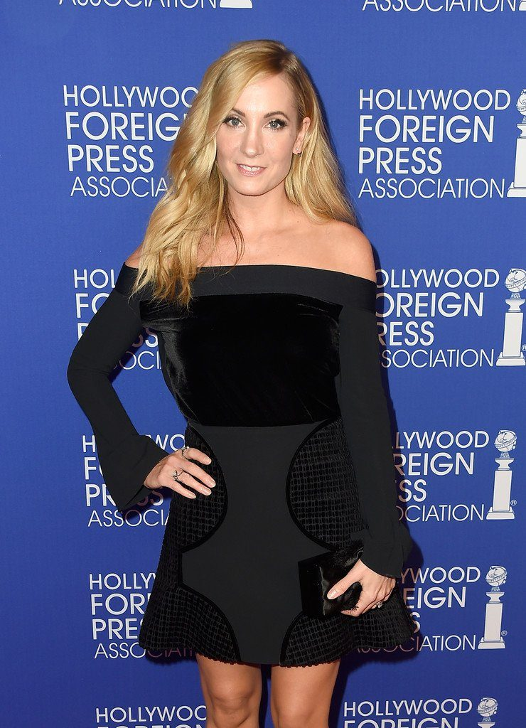 joanne-froggatt-in-roland-mouret-at-the-hollywood-foreign-press-association-annual-grants-banquet