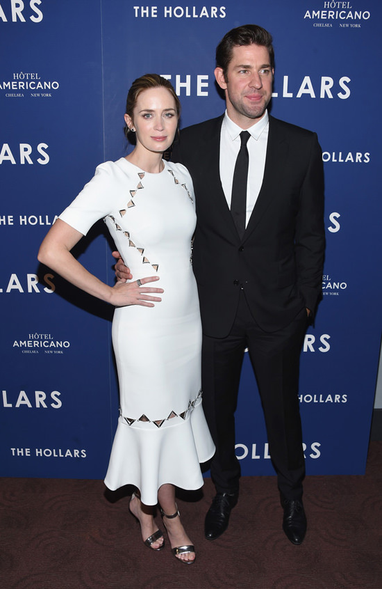 Emily-Blunt-John-Krasinski-The-Hollars-New-York-Screening-Red-Carpet-Fashion-David-Koma-Dior-Homme-