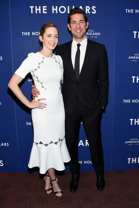 Emily-Blunt-John-Krasinski-The-Hollars-New-York-Screening-Red-Carpet-Fashion-David-Koma-Dior-Homme