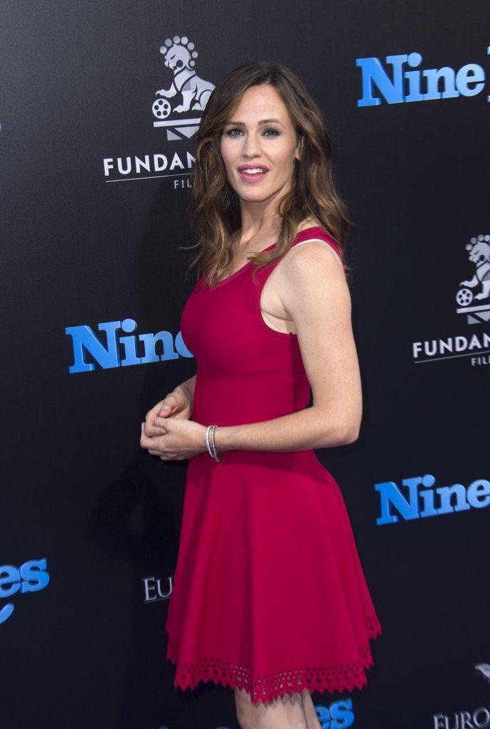 Jennifer-Garner-Nine-Lives-Premiere-Photos-August-2016-2