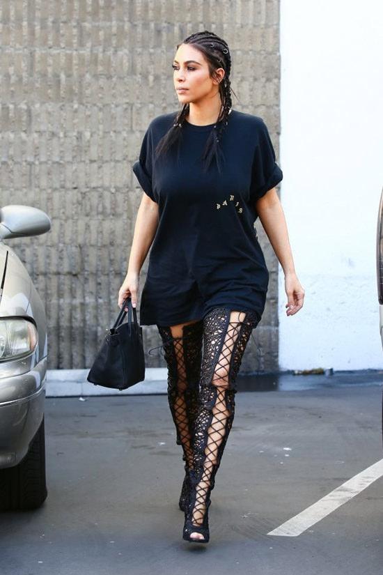 Kim-Kardashianout-in-la