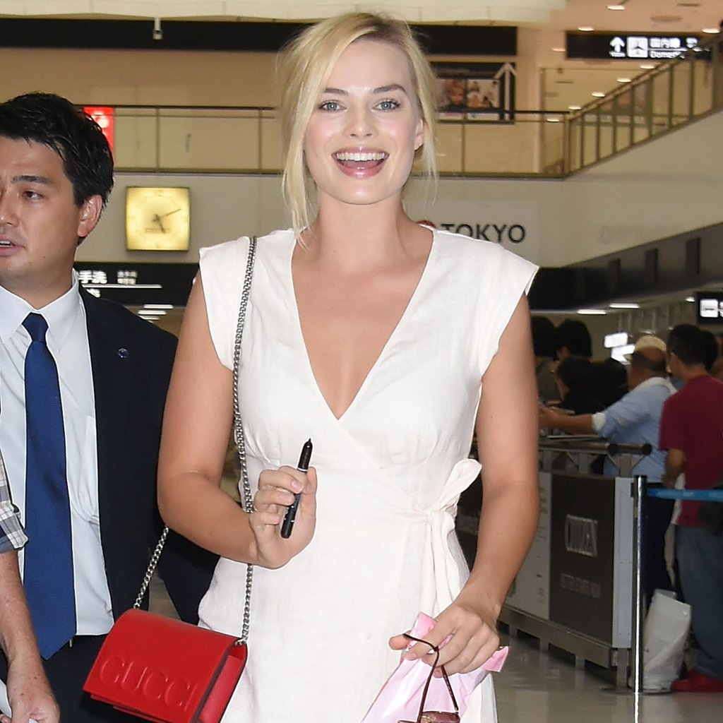Margot-Robbie-Wears-Reformation-Dress-Airport-1