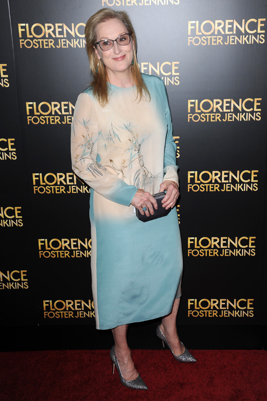 Meryl-Streep-Florence-Foster-Jenkins-New-York-Movie-Premiere-Red-Carpet-Fashion-Valentino-