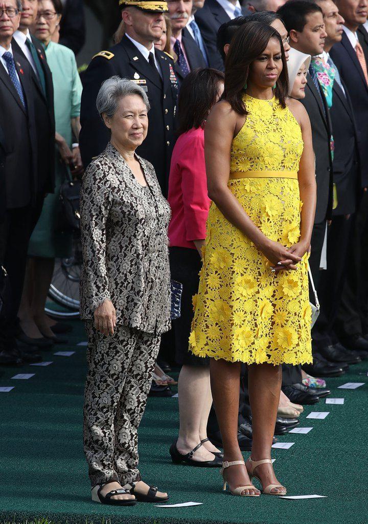 Michelle-Obama-Yellow-Naeem-Khan-Dress-August-2016