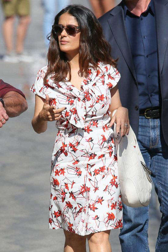 Salma-Hayek-Jimmy-Kimmel-Live-TV-Style-Fashion-Gucci-Alexander-McQueen-