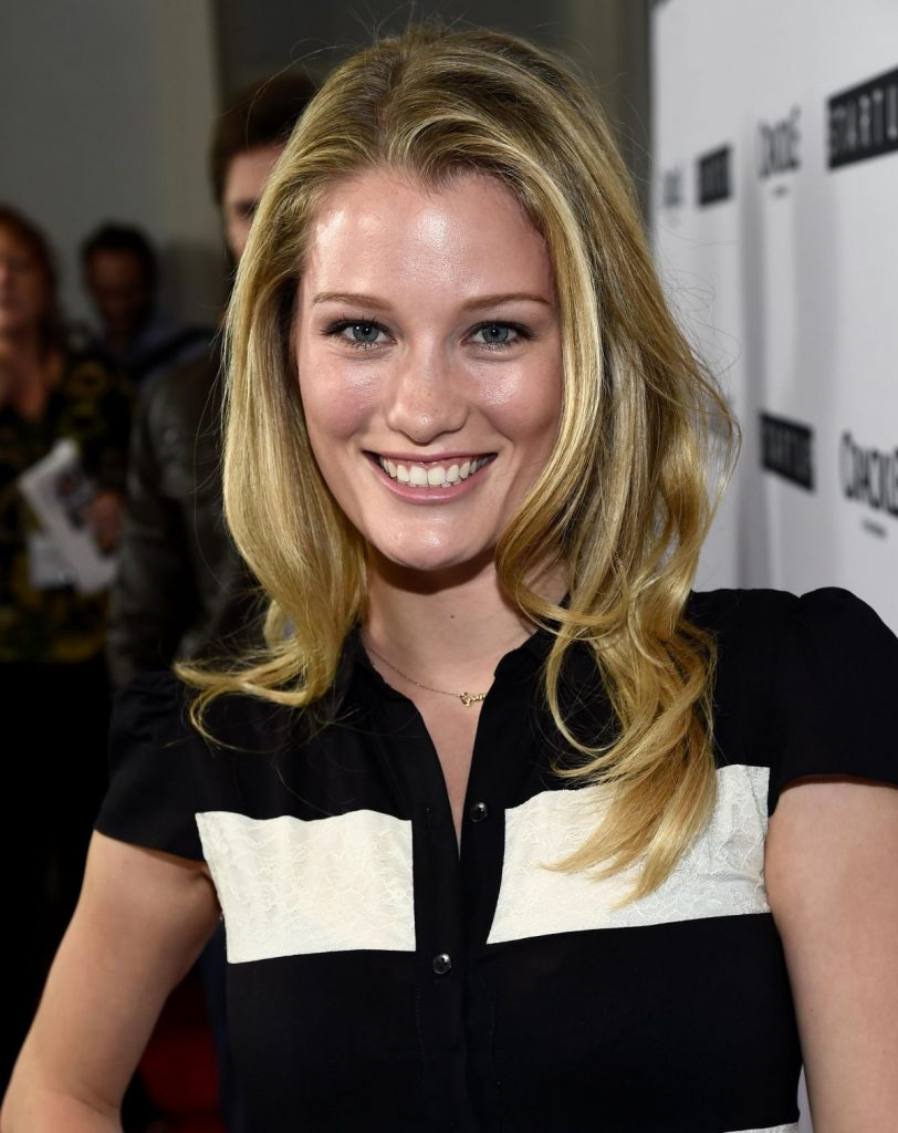 ashley-hinshaw-attends-the-crackle-s-startup-tv-series-screening-in-los-angeles_3