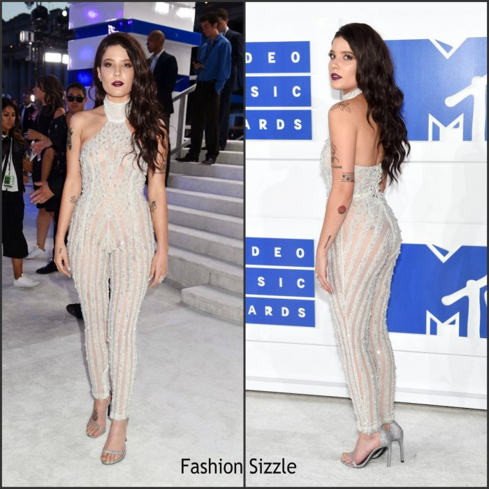 Halsey was in attendance  at  the 2016 MTV Video Music Awards alongside Ariana Grande at Madison Square Garden in New York on Sunday August 28,2016.