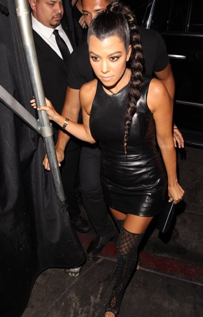 kylie-jenner-birthday-party-at-nice-guy-restaurant-in-west-hollywood