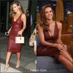 jessica-alba-in-narciso-rodriguez-the-tonight-show-starring-jimmy-fallon
