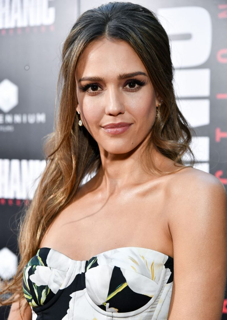 jessica-alba-mechanic-resurrection-premiere-in-los-angeles-08-22-2016-1