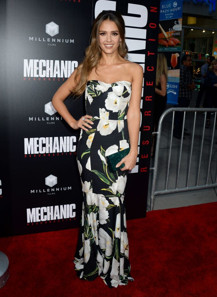 jessica-alba-mechanic-resurrection-premiere-in-los-angeles-08-22-2016-19