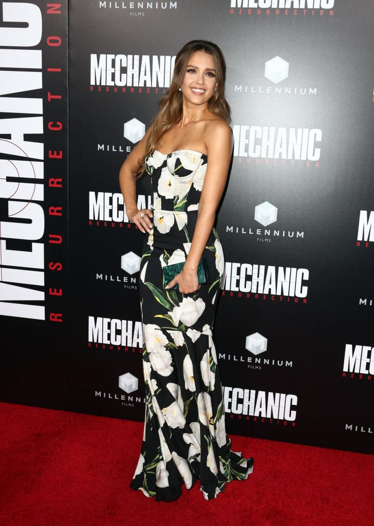 jessica-alba-mechanic-resurrection-premiere-in-los-angeles-08-22-2016-22