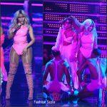 Nicki Minaj  performs In Sergio Hudson  at the 2016 MTV Video Music Awards