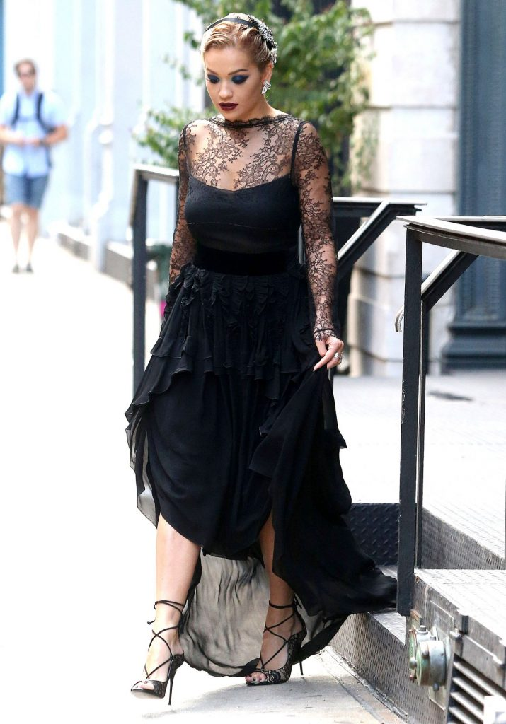 rita-ora-classy-fashion-out-in-new-york-8-17-2016-6