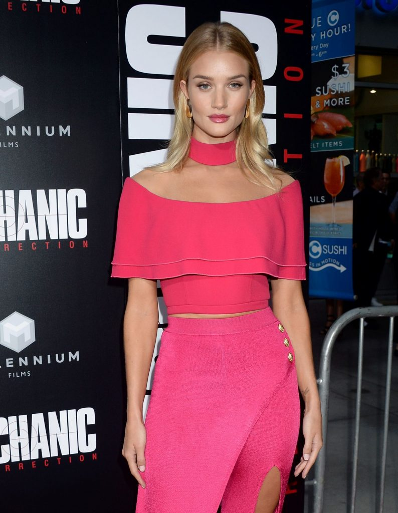-rosie-huntington-whiteley-mechanic-resurrection-premiere-at-arclight-hollywood-in-la-8-22-2016-15