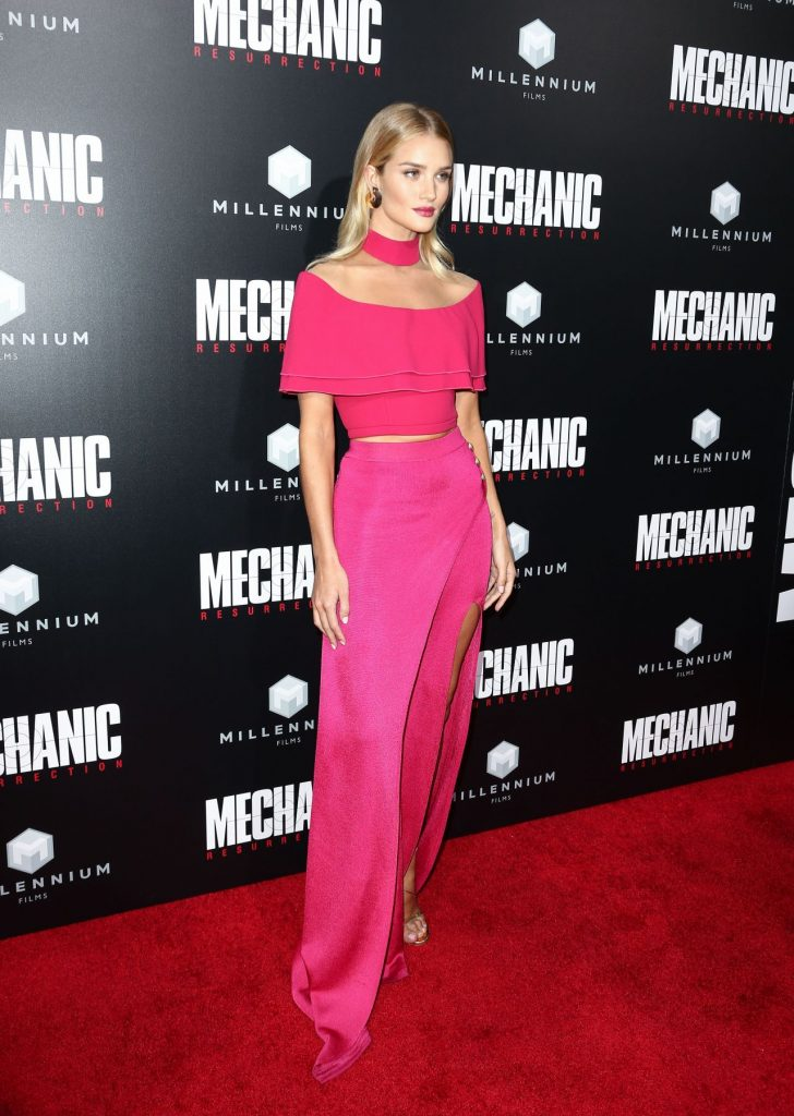-rosie-huntington-whiteley-mechanic-resurrection-premiere-at-arclight-hollywood-in-la-8-22-2016-16