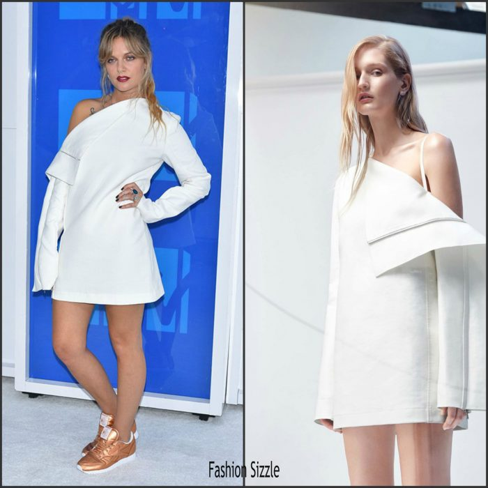 Tove Lo was in attendance  at  the 2016 MTV Video Music Awards alongside Ariana Grande at Madison Square Garden in New York on Sunday August 28,2016.