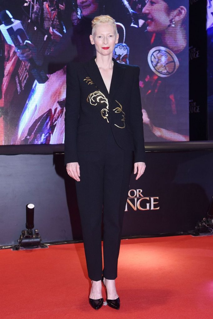 tilda-swinton-at-doctor-strange-hong-kong-premiere-photocall