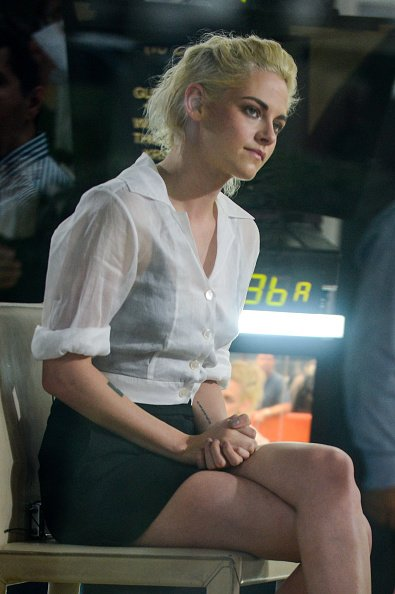 kristen-stewart-in-chanel-visiting-the-today-show
