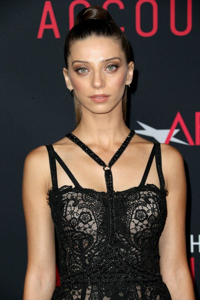 angela-sarafyan-in-reem-acra-at-the-accountant-hollywood-premiere
