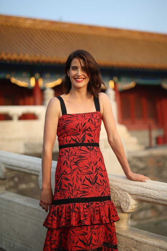 cobie-smulders-in-prabal-gurung-at-jack-reacher-china-photocall