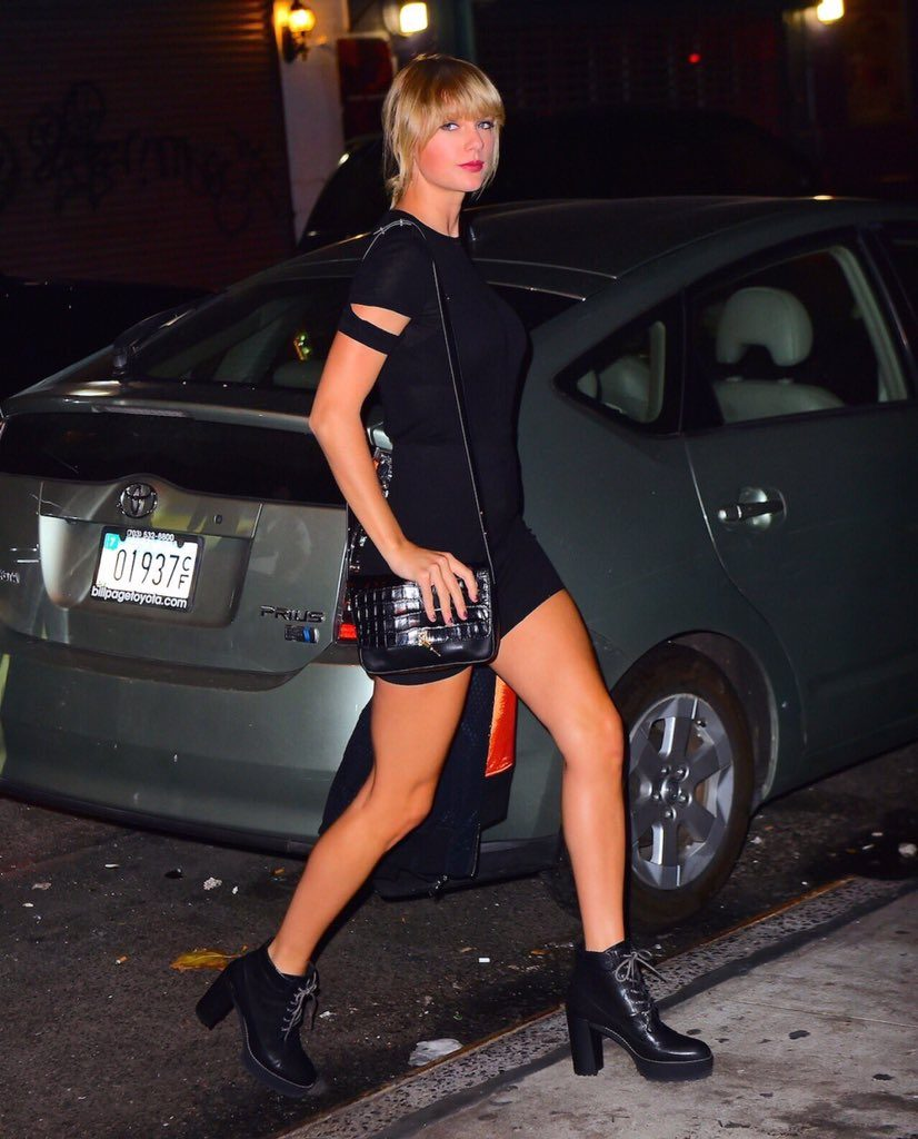 taylor-swift-in-helmut-lang-wilfred-free-out-in-new-york