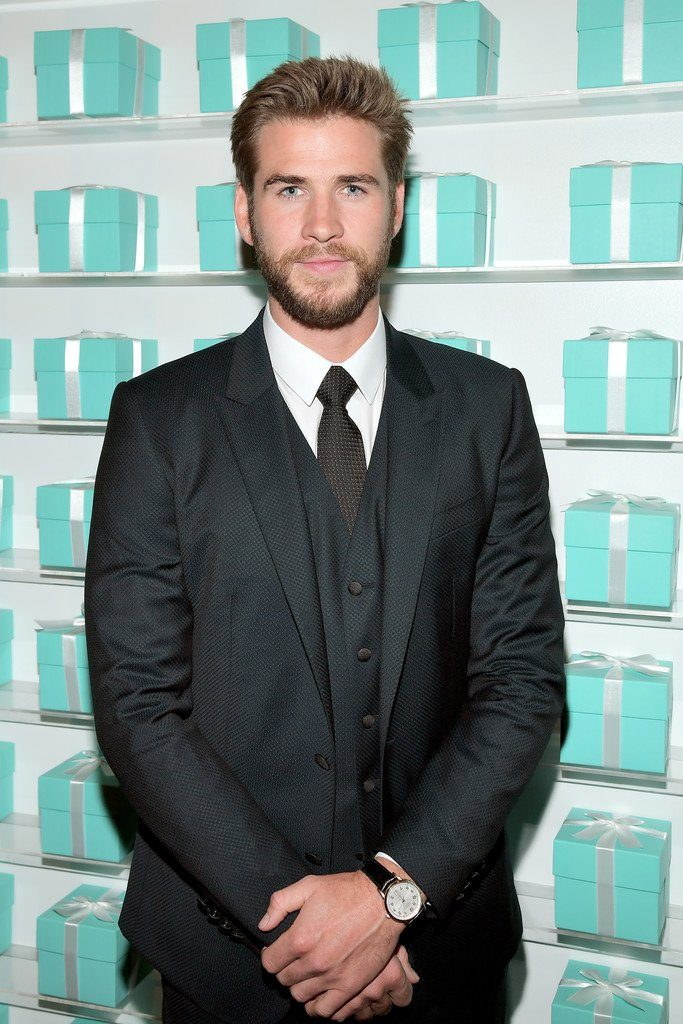 liam-hemsworth-in-dolce-gabbana-at-tiffany-co-store-renovation-unveiling-in-la