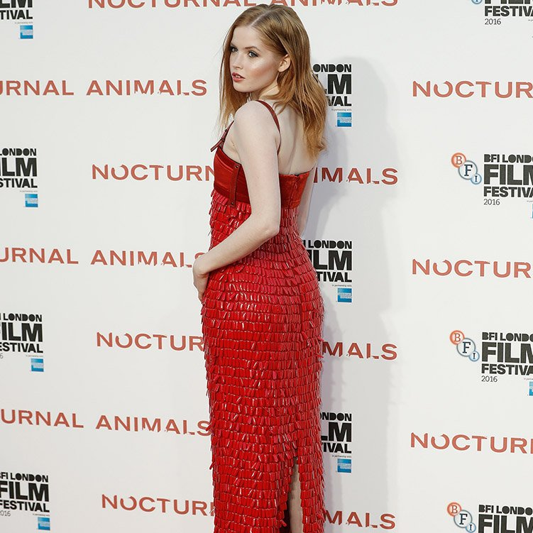 ellie-bamber-in-tom-ford-at-nocturnal-animals-at-bfi-london-film-festival