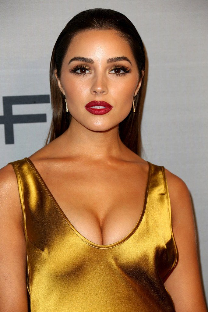 olivia-culpo-in-galvan-at-2016-instyle-awards