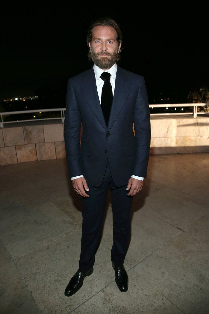 bradley-cooper-in-tom-ford-at-2016-instyle-awards