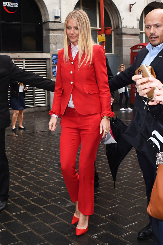 gwyneth-paltrow-china-exchange-london-red-carpet-fashion-gucci-