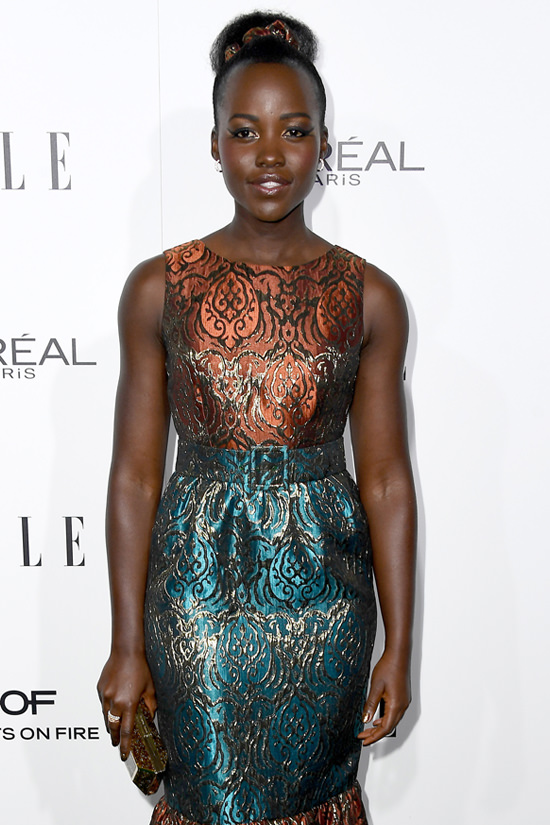 lupita-nyongo-2016-elle-womne-in-hollywood-awards-red-carpet-fashion-doru-olowu