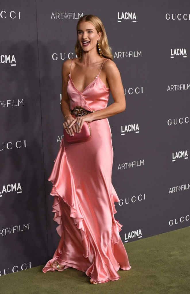 rosie-huntington-whiteley-2016-lacma-art-and-film-gala-09-662x1025