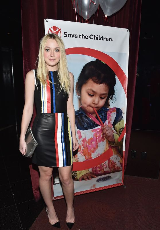 dakota-fanning-save-the-children-lights-up-empire-state-building-for-international-day-of-the-girl-10-11-2016-1_thumbnail