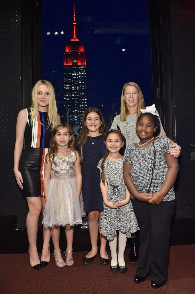 dakota-fanning-save-the-children-lights-up-empire-state-building-for-international-day-of-the-girl-10-11-2016-3