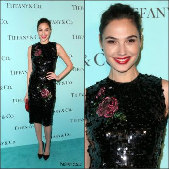 gal-gadot-in-dolce-gabbana-at-tiffany-co-celebrates-renovated-beverly-hills-store-1024×1024