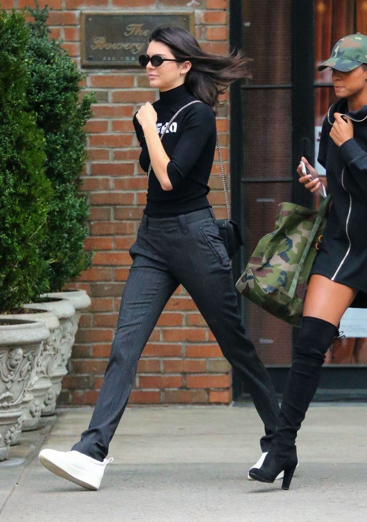 kendall-jenner-casual-style-leaving-the-bowery-hotel-in-nyc-september-2016-4