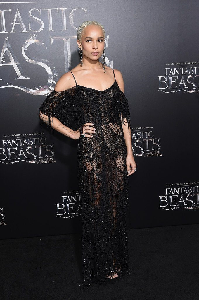 zoe-kravitz-in-alexander-mcqueen-at-fantastic-beasts-new-york-premiere