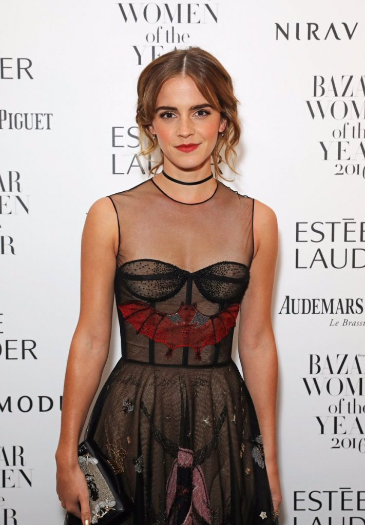 emma-watson-in-christian-dior-at-harpers-bazaar-awards