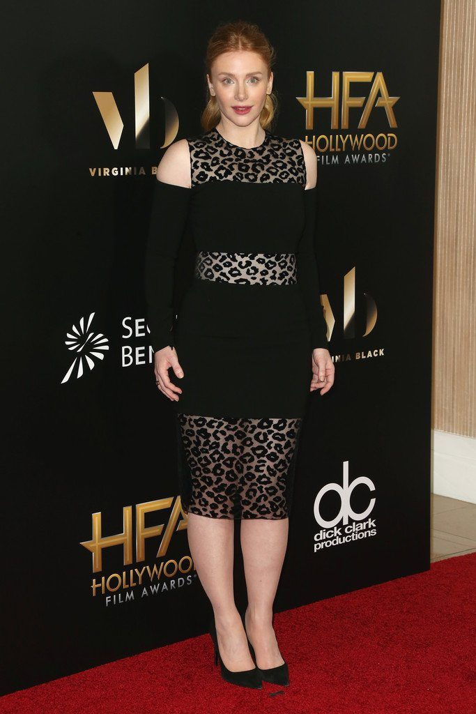 bryce-dallas-howard-in-mugler-at-the-2016-hollywood-film-awards